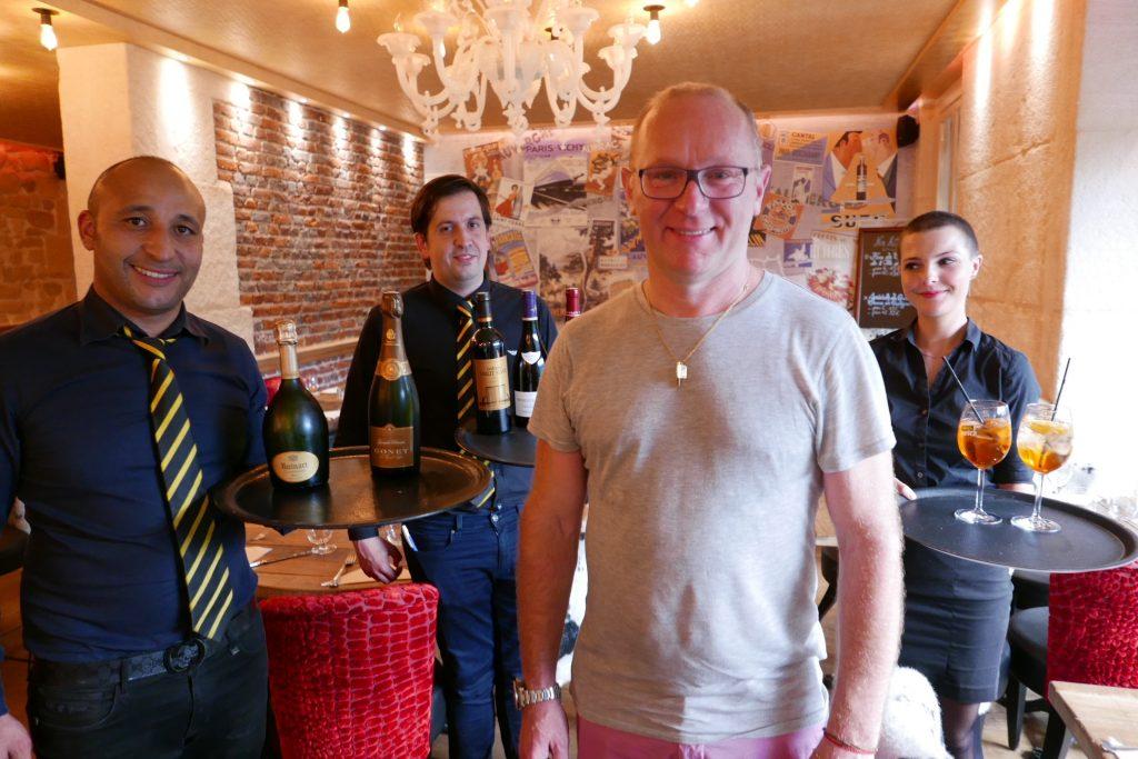 Richard Brun et l'équipe de salle © GP
