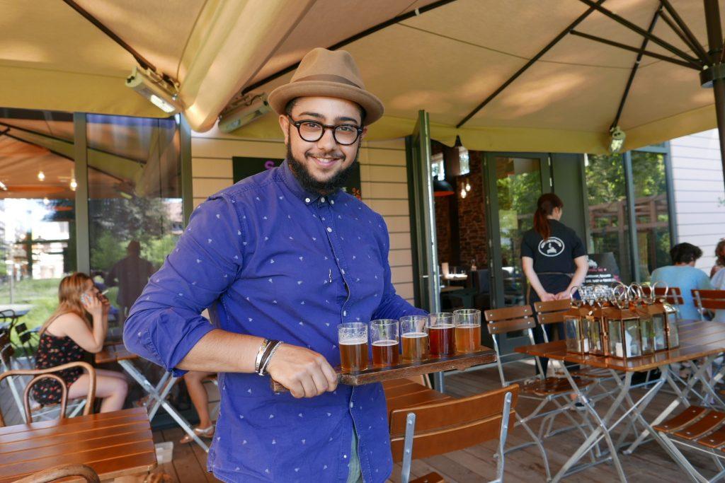 Nasser et les bières © GP