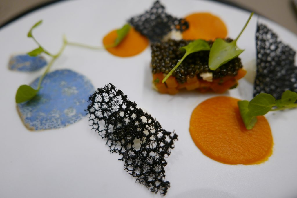 Caviar oscietre, butternut, mozzarella © GP