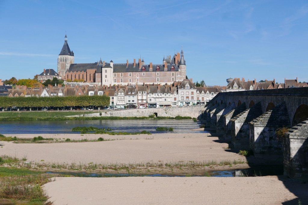 Château de Gien à fleur de Loire ©GP
