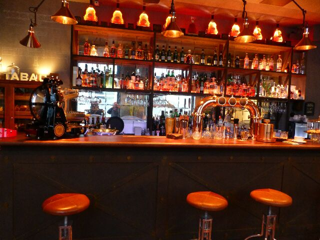 Le bar © DC