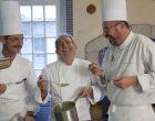 Michel Guérard en cuisine ©Maurice Rougemont