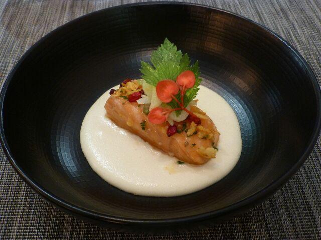 Céleri, mii-cuit de saumon © DC