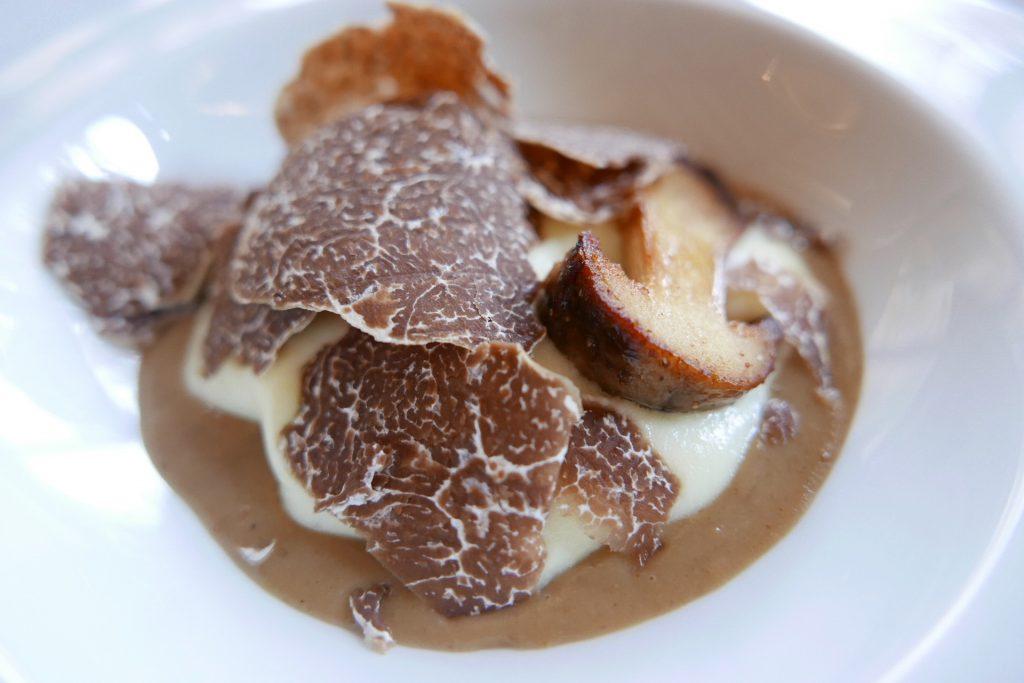 Truffe, pomme de terre, salpicon de cèpes ©GP