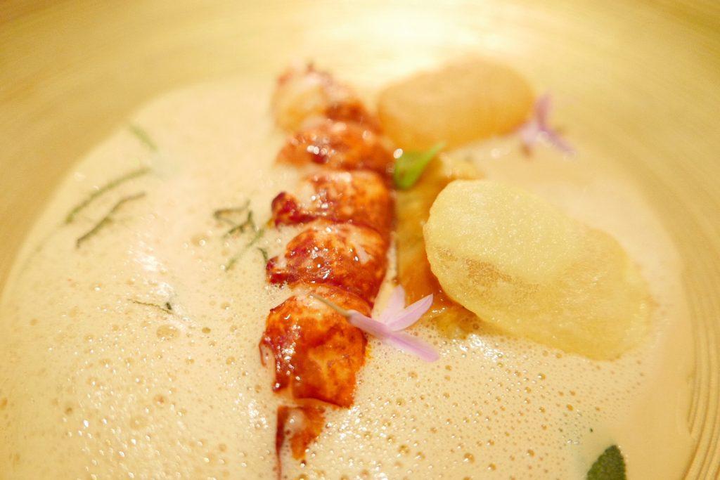 Homard aux pommes de terre © GP