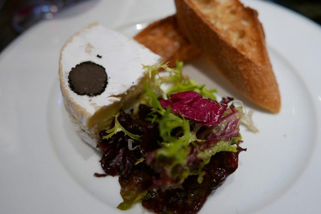 Camembert affiné à la truffe © GP