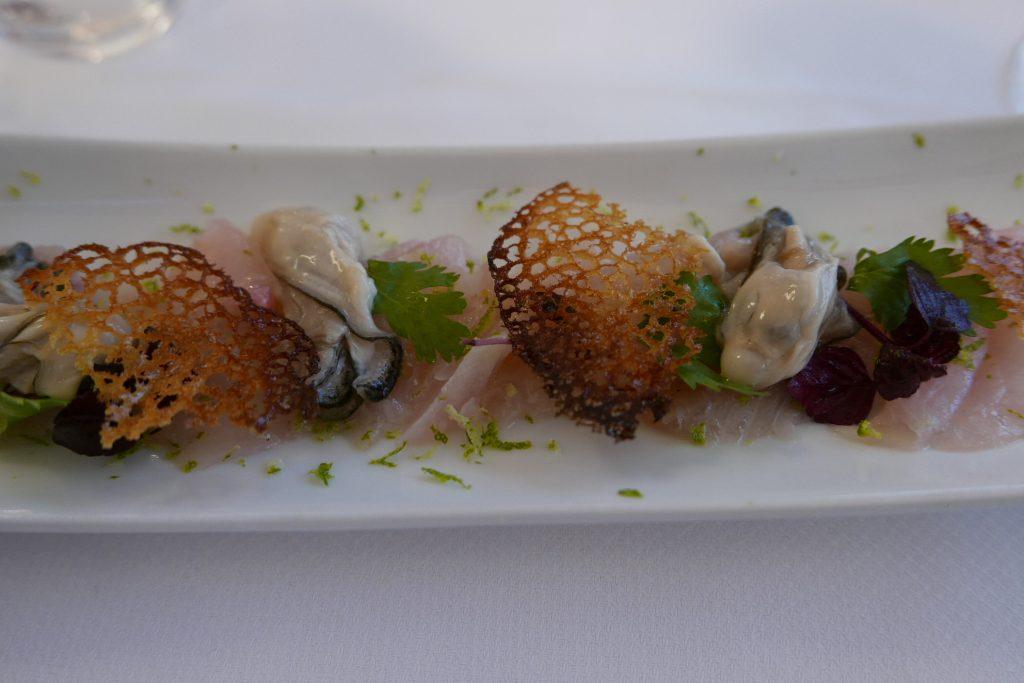 Carpaccio de rouget et huîtres ©GP