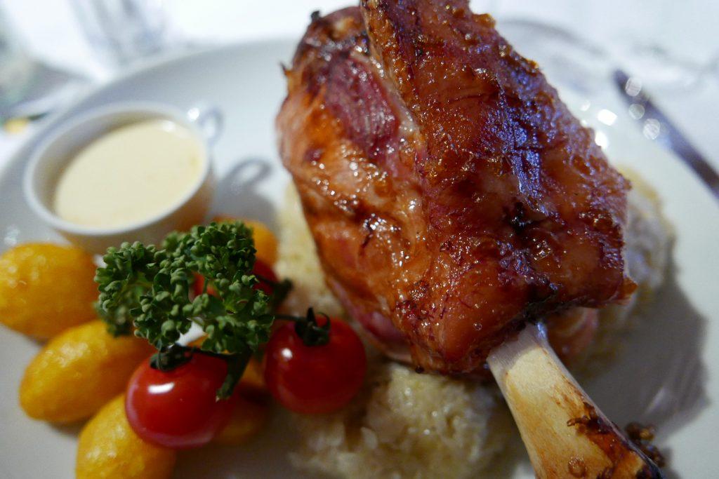 Jarret sauce munster, choucroute © GP