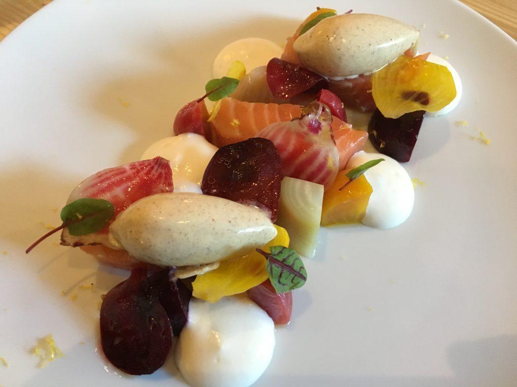 Saumon mariné aux betteraves ©GP