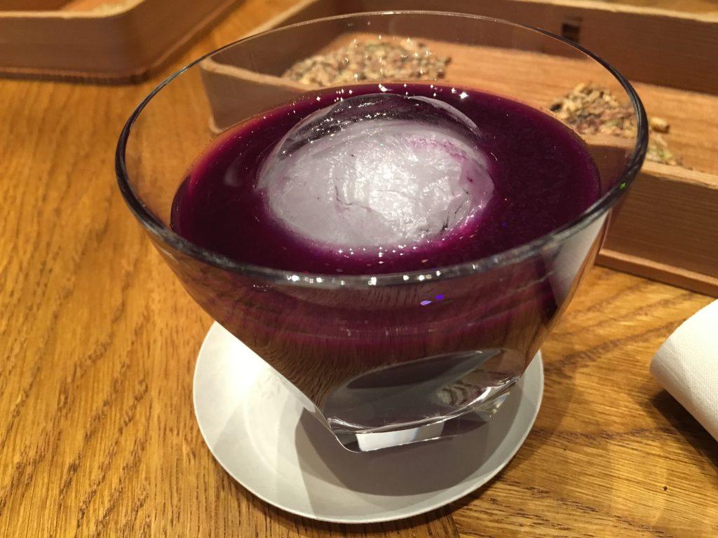 Jus de chou, prune, basilic pourpre © GP