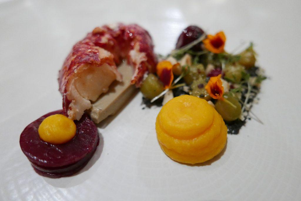 Impériale de homard, betterave et cressonnette © GP