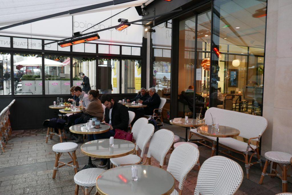 Paris 8e: un verre et plus au Flora Danica Café