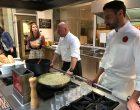 Chris Oberhammer en cuisine © GP