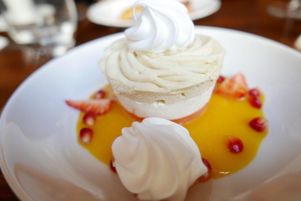 Vacherin glacé à la vanille © GP