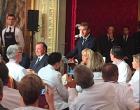 Le discours d'E. Macron - O. Ginon à sa droite © DR