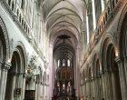 Dans la cathédrale © GP
