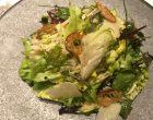 Salade du maraîcher, copeaux de parmesan, vinaigrette aux truffes © GP