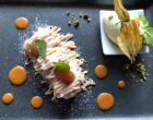Vermicelles de marron et meringue, sauce caramel, glace pistache ©GP