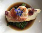 Turbot et langoustine sautés, élixir de crustacés et légumes croquants ©GP