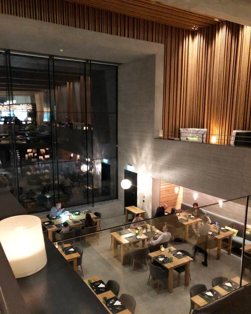 chetzeron restaurant crans montana h tel retour chetzeron restaurants. Black Bedroom Furniture Sets. Home Design Ideas