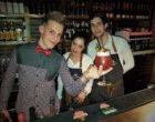 Antoine, ses cocktails et ses collègues © AA