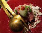 Tartare de thon, basilic thaï, perle de concombre © GP