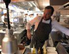 Manu Renaut en cuisine ©GP