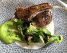 Selle et carré d'agneau, mousseline de petits pois, asperges ©GP