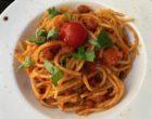 Spaghetti Napoli, tomates et basilic © GP