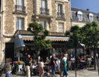 Dupont avec un thé - Deauville