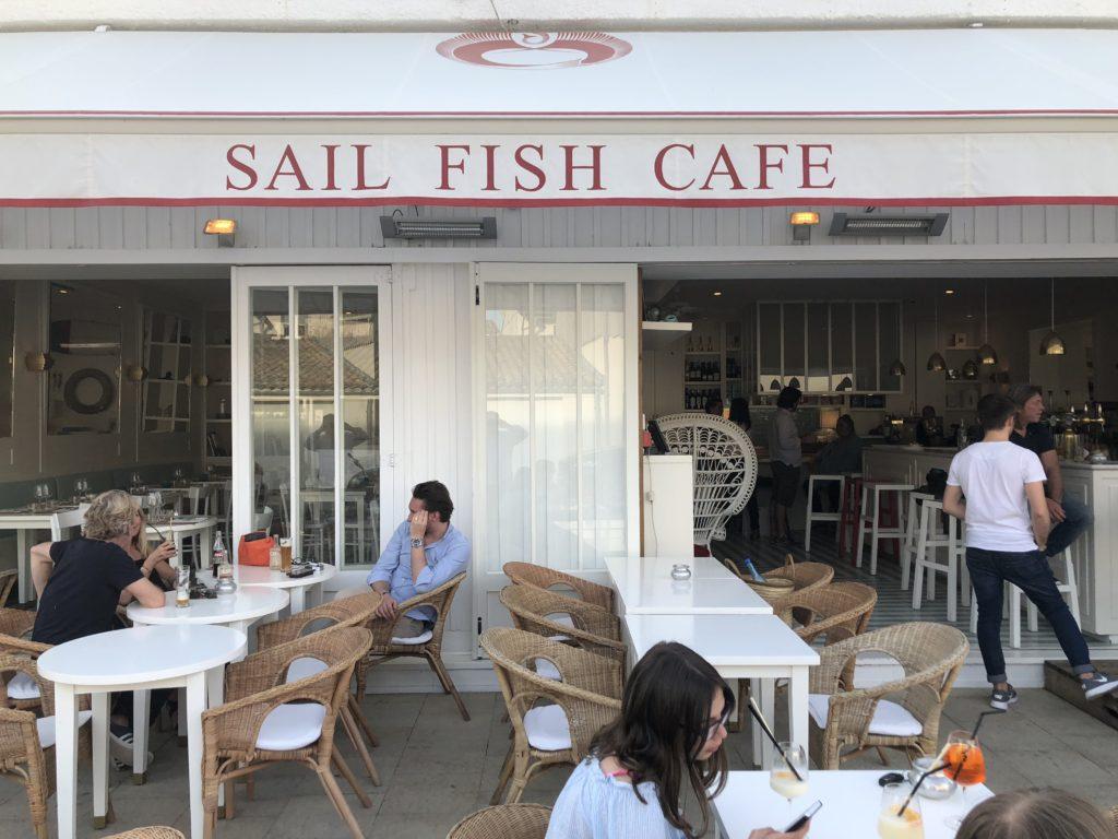 sail fish caf restaurant le cap ferret le bonheur du sail fish caf le blog de gilles. Black Bedroom Furniture Sets. Home Design Ideas