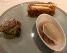 Millefeuille, Paris-Cancale à la pistache, glace au poivre de Jamaïque et rhubarbe © GP