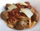 Fettuce aux polpettes, sauce tomate © GP