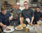 L'equipe de cuisine ©AA