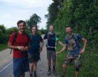 L'équipe de direction du Royal Champagne en randonnée (NB à gauche) © DR