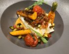 Cabillaud étuvé, purée de patate douce au cumin, sauce vierge de tomates et basilic, légumes de saison © GP