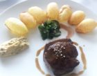 Coeur de filet de boeuf, béarnaise et pommes soufflées © GP