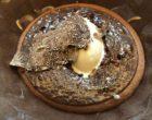 Tarte soufflée au chocolat, glace cognac, truffe blanche © GP