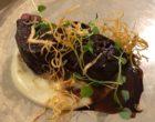 Dos de chevreuil au porto, girolles, châtaignes, salsifis ©GP