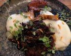 Effilochée de queue de bœuf, siphon de pommes de terre, pâte de piment coréen, huile de sésame ©GP