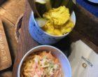 Coleslaw et condiments © GP