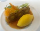 Mandarine façon Suzette, sorbet mandarine, crêpes et jus © GP