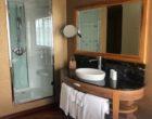 Salle d'eau d'une suite © GP