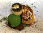 Barbue laquée, biscuit, caviar, confit d'oignon ©GP