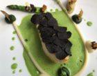 Turbot, truffe noire, topinambours, parmesan, persil ©GP