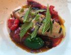 Foie gras grillé, fruits rouges et reine des prés  © GP