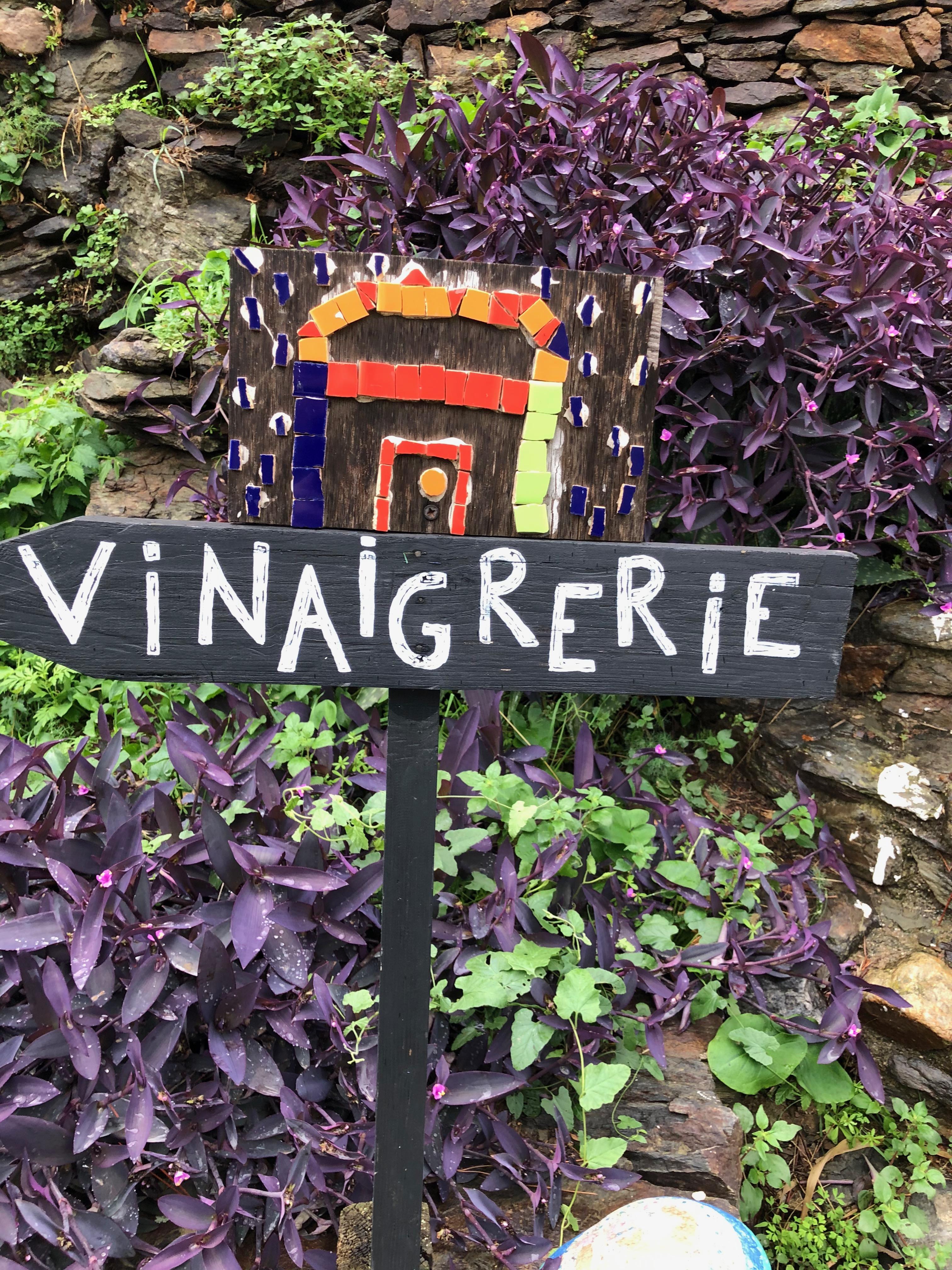 Port-Vendres : un vinaigre et plus à la Guinelle - Les pieds dans le plat
